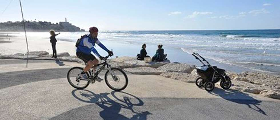 Bicycle in Tel Aviv ( Getty Images )