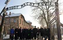 Israeli delegation at Auschwitz, 27.1.2014 ( Government Press Office )