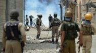 credits/photos : Kashmiri authorities imposed a harsher curfew on the restive territory in a bid to prevent new demonstrations but protests continued on July 10, 2016
