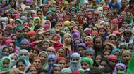 credits/photos : Kashmiri mourners attend the funeral of four civilians reportedly killed in a clash with Indian security forces on the outskirts of Srinagar in August 2016