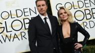 credits/photos : Actors Kristen Bell and Dax Shepard arrive at the 74th annual Golden Globe Awards, January 8, 2017