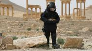 credits/photos : Russian army sapper working in the ancient Syrian city of Palmyra