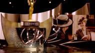 credits/photos : L'animateur Jimmy Kimmel parle sur la scène des Emmy Awards le 18 septembre 2016 à Los Angeles