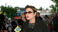 "credits/photos : Actress Carrie Fisher arrives at the premiere of ""Star Wars Episode III: Revenge of the Sith,"" at the Loews Cineplex Uptown Theatre on May 12, 2005 in Washington, DC"