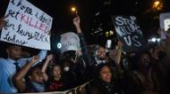 ائتمانات/صور : Protesters chant slogans during a march in Charlotte, North Carolina, on the third night of protests following the fatal police shooting of a black man