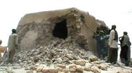 credits/photos : Islamist militants destroy an ancient shrine in Timbuktu in 2012