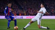 credits/photos : Barcelona's Brazilian forward Neymar (L) vies with Real Madrid's Portuguese forward Cristiano Ronaldo during the Spanish league football match FC Barcelona vs Real Madrid CF at the Camp Nou stadium in Barcelona on December 3, 2016