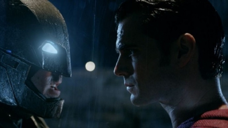Comic fan explains Batman v Superman: Dawn of Justice hype