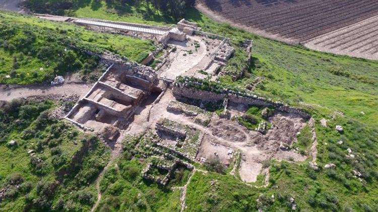 Passage révélé pendant une excavation à Tel Lachish (Israël)