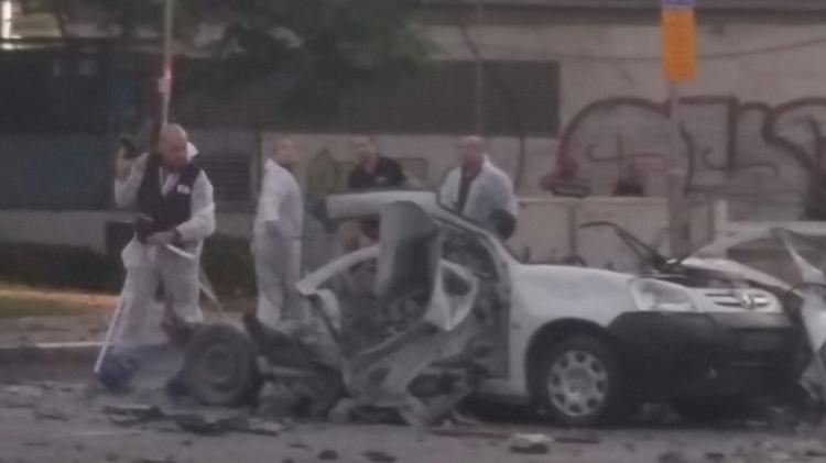 The scene of a car bombing in Tel Aviv, October 16, 2016
