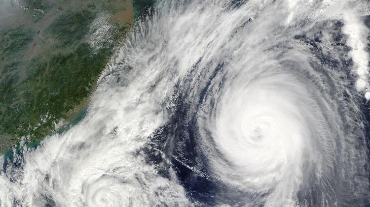 الفلبين تستعد لإعصار شديد هو الاقوى هذا العام