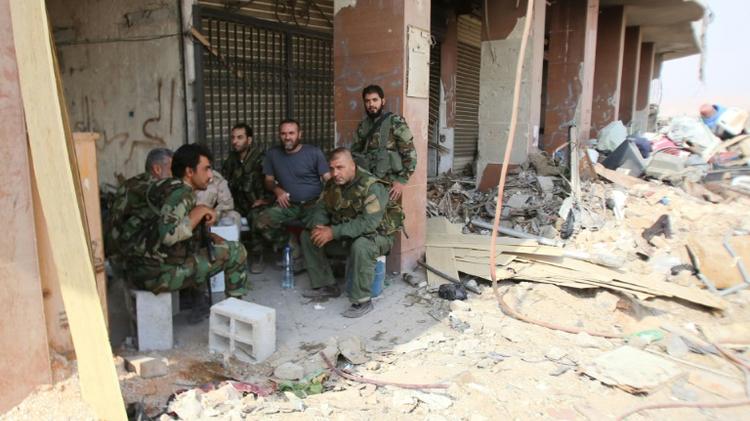 Syrian army & rebels agree to end Daraya siege