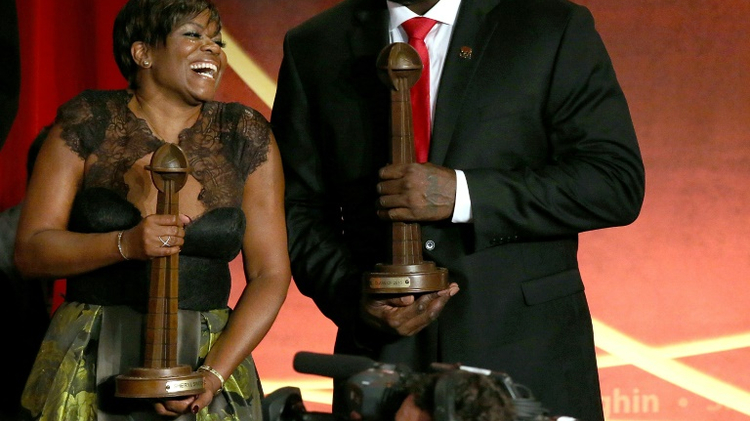 Shaquille O'Neal and Sheryl Swoopes were among 10 people inducted into the Basketball Hall of Fame