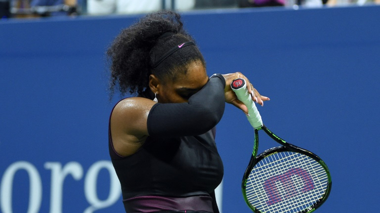 Serena Williams lors du match l'opposant à Karolina Pliskova le 8 septembre 2016 à l'Open US de tennis à Nw York