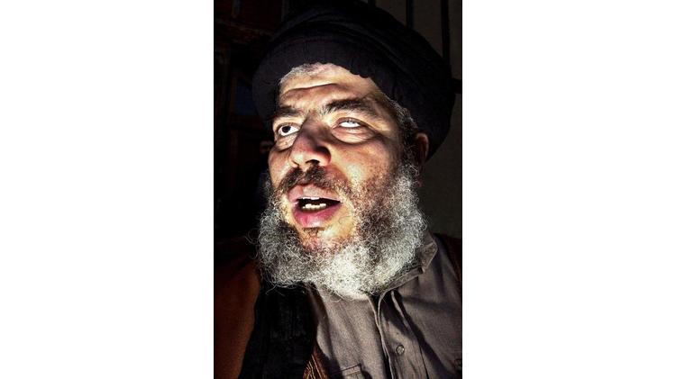 Le 11 septembre 2002, l'imam Abou Hamza lors d'un rassemblement près de la mosquée de Finsbury Park  au nord de Londres