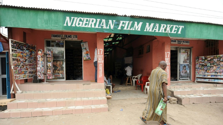 حرب السينما بين الشمال المسلم والجنوب المسيحي في نيجيريا