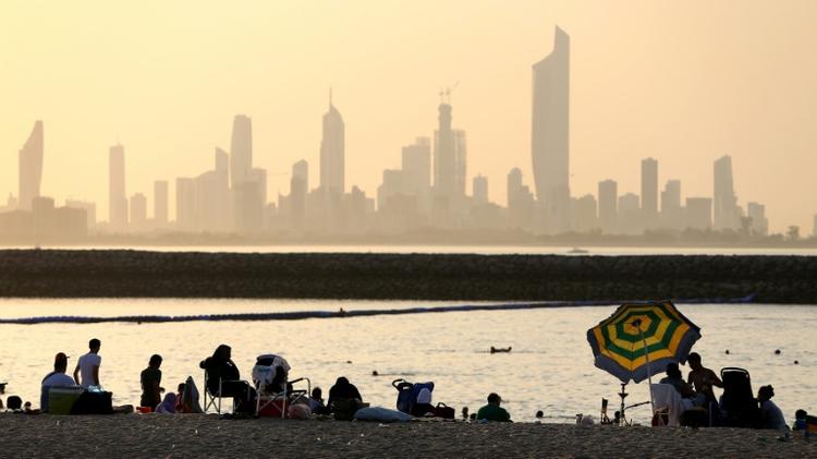 احد شواطئ السالمية على بعد 20 كلم شرق العاصمة الكويتية في 19 آب/اغسطس 2016