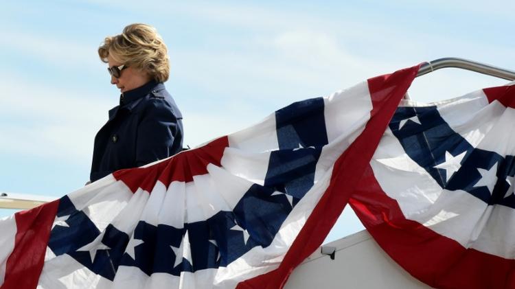 US Democrat presidential nominee Hillary Clinton arrives October 9, 2016 at Lambert-St. Louis International Airport in St. Louis, Missouri