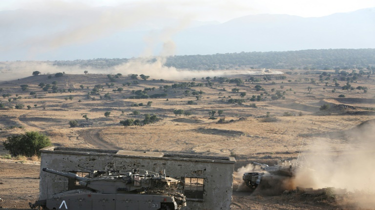 Israeli army exercise on the Golan Heights near the border with Syria, June 23, 2016