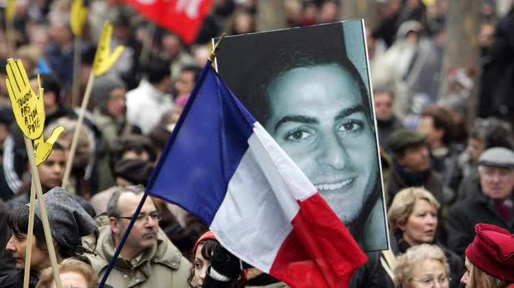 A demonstration in Paris in memory of Ilan Halimi after his murder, February 21, 2006