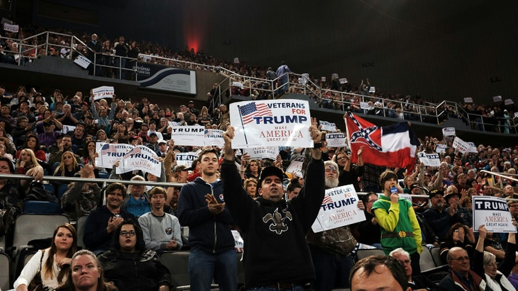 Supporters of the Republican presidential frontrunner Donald Trump ...