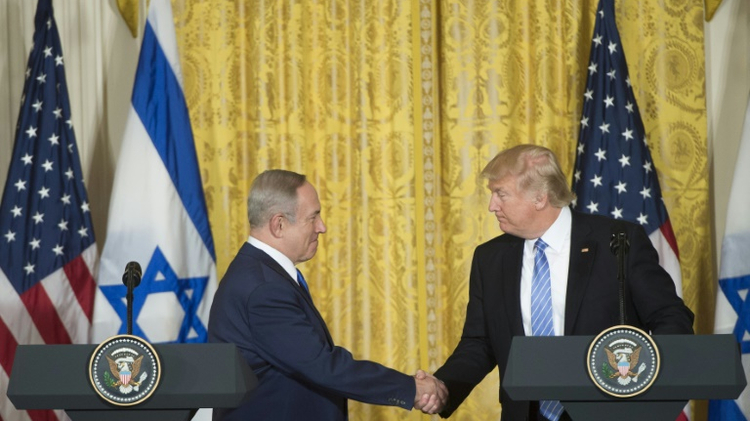 Trump praises Israel, encourages peace