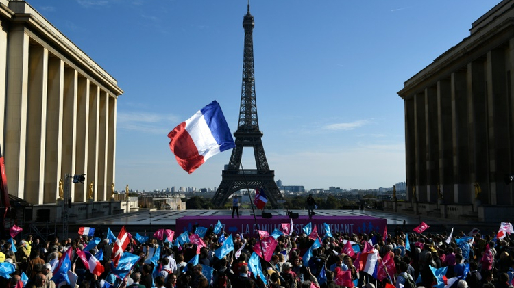 Opponents of gay marriage rally at the Trocadero in Paris, opposite the Eiffel Tower, on October 16, 2016