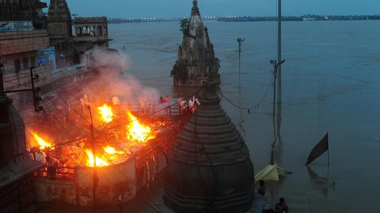 Varanasi stampede: President Mukherjee writes to UP Governor condoling loss of lives