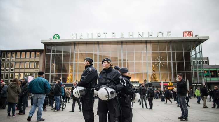18 asylum seekers linked to crimes in Cologne at New Year