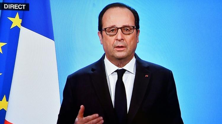 لقطة من التلفزيون للرئيس الفرنسي فرنسوا هولاند اثناء كلمته الرسمية من قصر الاليزيه في 1 ك1/ديسمبر 2016