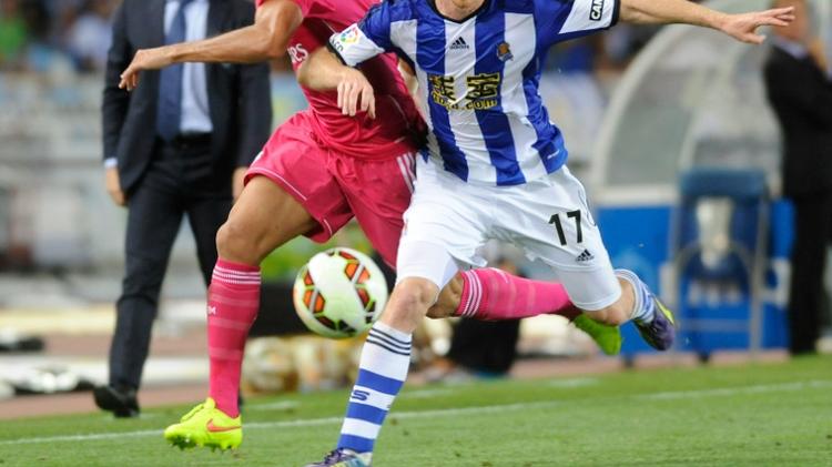 David Zurutuza (right) volleyed home Xabi Prieto's corner on 17 minutes as Athletic Bilbao beat Real Sociedad