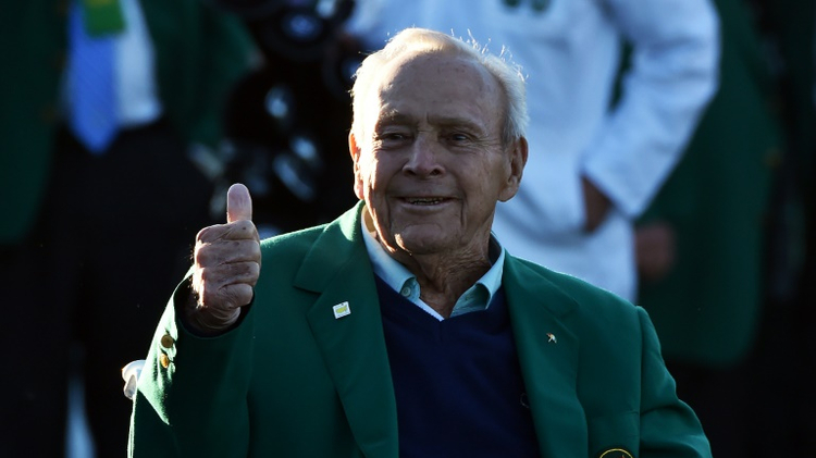Arnold Palmer arrives to begin Round 1 of the 80th Masters Golf Tournament at the Augusta National Golf Club on April 7, 2016
