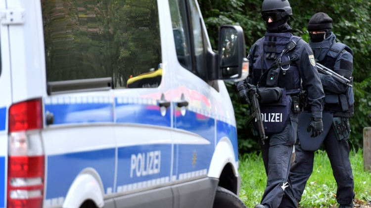 German authorities raid over 200 sites of Islamic group