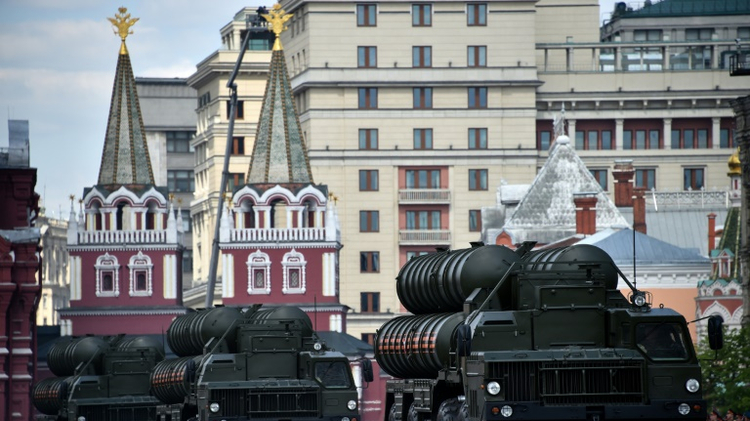 S-400 air defence missile systems roll at the Red Square during the Victory Day military parade general rehearsal in Moscow on May 7, 2016