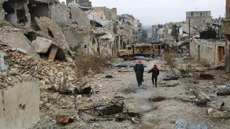 Arrivée d'autocars pour évacuer les civils d'Alep — Syrie