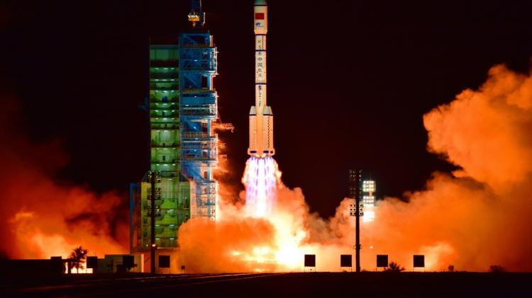 الصين تطلق تياتفونغ 2 الى الفضاء