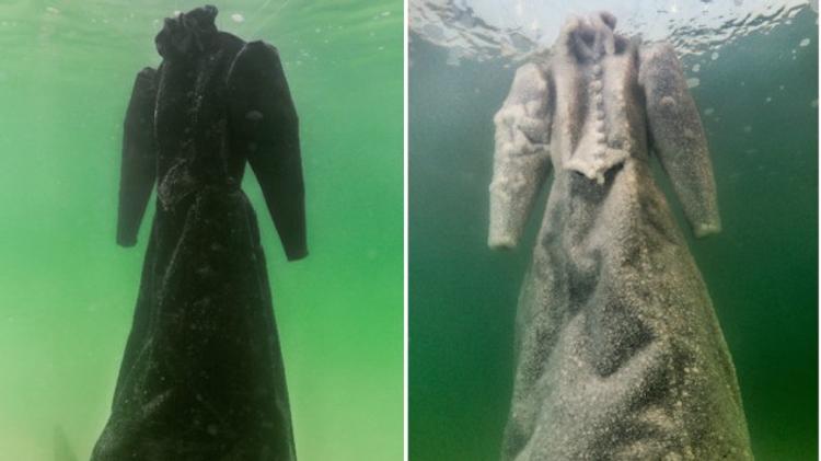 Sigalit Landau - Robe de mariée dans la mer Morte