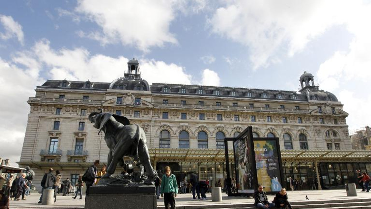 It's a squeeze, but Paris Impressionist museum is still a hit after 30 years