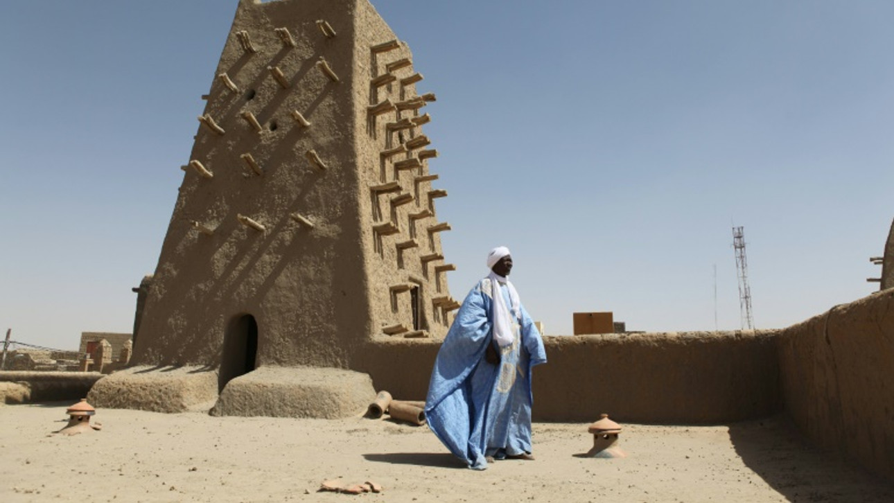 Timbuktu recovers its mausoleums, risen from ruins