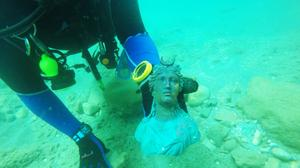 Israeli divers discover spectacular treasure trove from 1,600 year old shipwreck