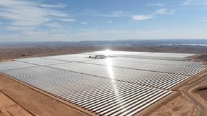 المغرب يفتتح أكبر محطة لإنتاج الطاقة الشمسية في العالم