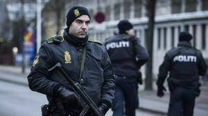 مقتل دنماركي موالي لتنظيم الدولة الإسلامية في تبادل لإطلاق نار