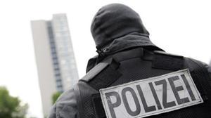 Allemagne: procès d'une adolescente liée à l'EI qui avait poignardé un policier
