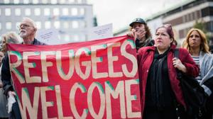 20,000 refugee supporters march through London