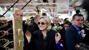 Présidentielle 2017: Marine Le Pen va emprunter 6 millions d'euros à son père
