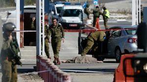 One person injured in West Bank stabbing attack; assailant flees scene