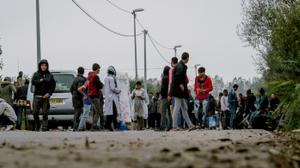 France starts moving out remaining 'Jungle' camp children