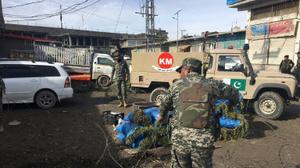 Pakistan market bomb kills 20: officials