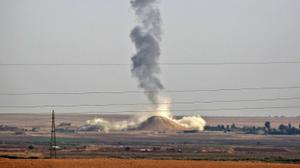 Syria strike kills three Islamic State leaders, two involved in Paris attacks