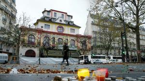 Kalashnikovs not fireworks: Paris attacks survivors look back one-year later